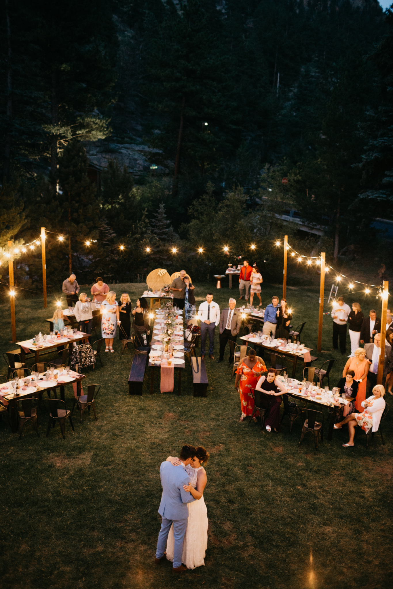 Weddings Riverfront Lodging In Estes Park Secluded Vacation